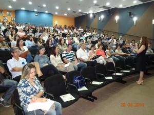 Palestrante Anna Carla Duarte Chrispim/ Participantes do curso.