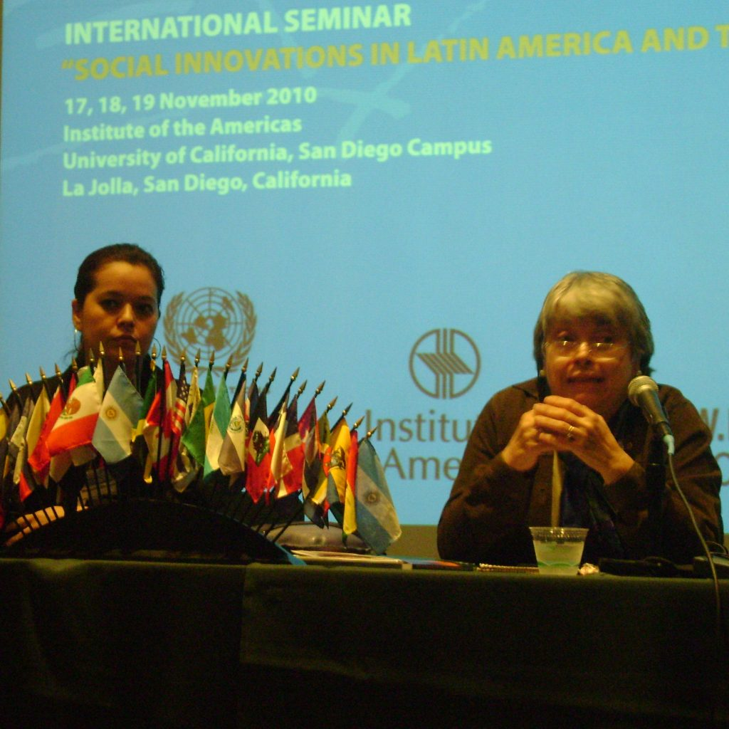 2010 - Universidade De Los Angeles - USA